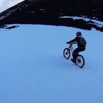 Etna Avalance, in mtb fra rocce e neve