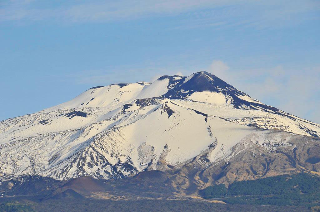 Etna in livrea invernale - © pietronicosia.it