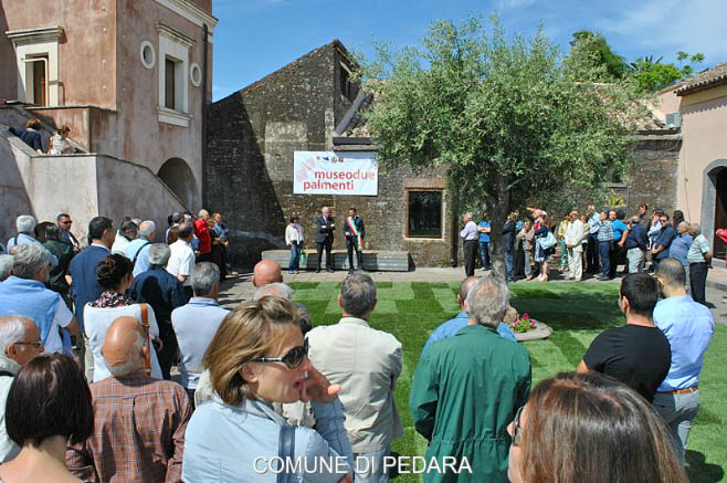 """L'inaugurazione del Museo """"Due Palmenti"""" - Immagine tratta dal sito internet del Comune di Pedara"""