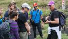 Etna. Il vulcanologo dell'INGV di Catania Boris Behncke insieme ad un gruppo di studenti svizzeri di geologia - © pietronicosia.it