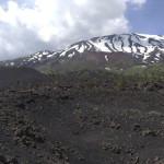 """""""Etna: A Portrait"""", l'arte elettronica incontra il vulcano"""