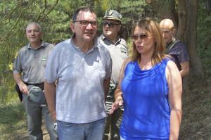 Il dirigente dell'UPA Antonino De Marco e la presidente del Parco Marisa Mazzaglia - © Immagine di Salvatore Vinciguerra fornite dal Parco dell'Etna